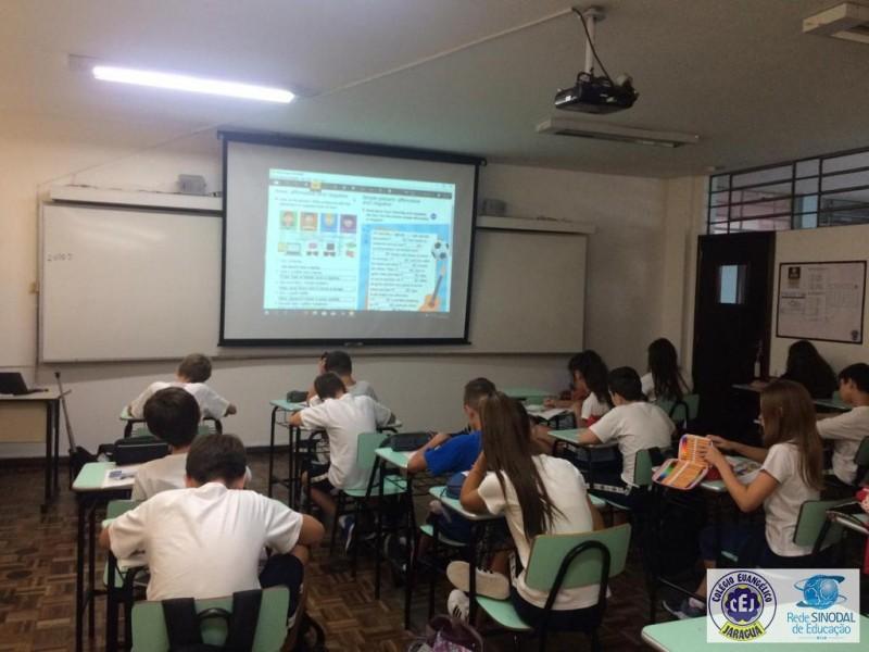 Aulas de inglês -  6° ao 9° ano