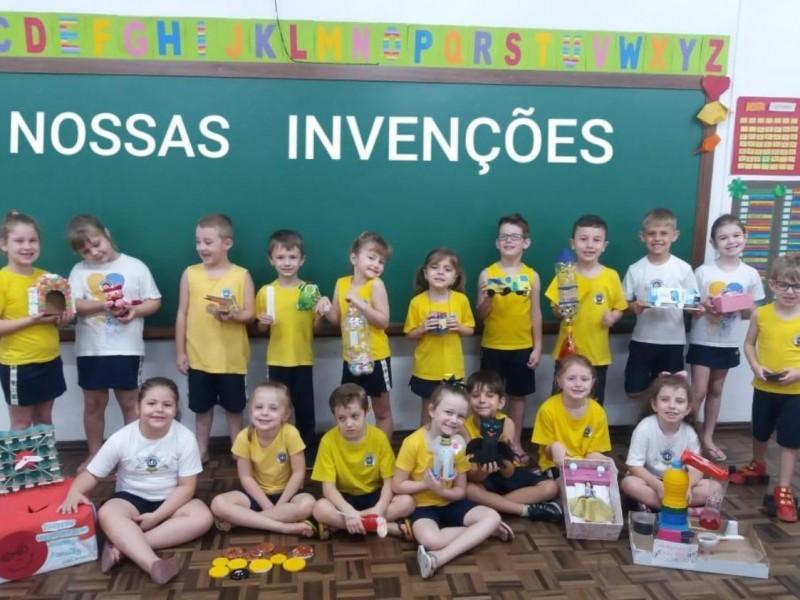 Alfabeto das Invenções - Infantil V