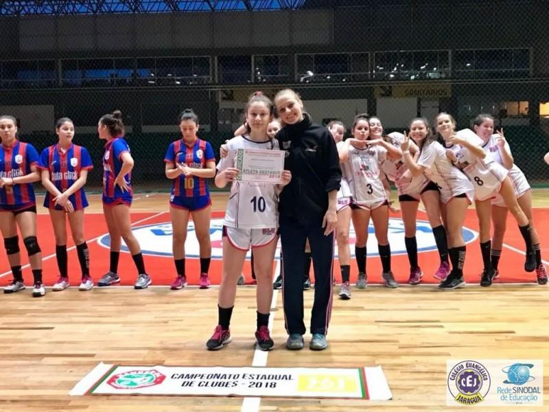Atleta do CEJ é selecionada pela Confederação Brasileira de Handebol!